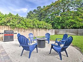 Modern Escape With Yard Less Than 4 Mi From The Beach! photos Exterior