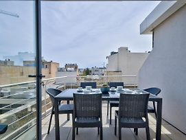 Spinola Park - Duplex Top Floor Apartment With Terrace photos Exterior