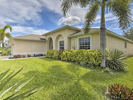 Single-Story Cape Coral Home - Golf And Grill! photos Exterior