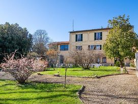 Classic Villa In Firenze With Whirlpool photos Room