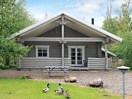 Three-Bedroom Holiday Home In Frorup 2 photos Exterior