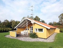 Four Bedroom Holiday Home In Faxe Ladeplads photos Exterior