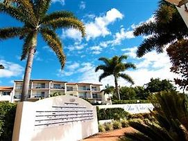 Blue Water Bay Luxury Apartments photos Exterior