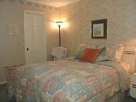 Southern Comfort Bed & Breakfa photos Room