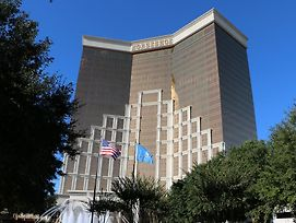 Horseshoe Bossier Casino & Hotel photos Exterior
