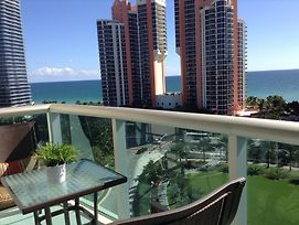 Apartments In Sunny Isles Collins Avenue photos Room