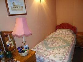 Oldlands Farm photos Room