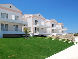 Cesme Troy photos Exterior