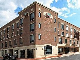 Courtyard By Marriott Fredericksburg Historic District photos Exterior