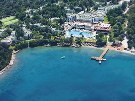 Doubletree By Hilton Bodrum Isil Club Resort photos Exterior