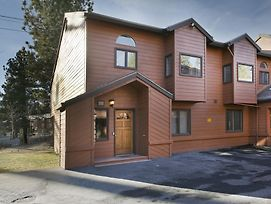 Mammoth Village Properties By 101 Great Escapes photos Room