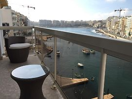 Spinola Bay Apartment photos Room