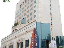 Legend Hotel photos Exterior