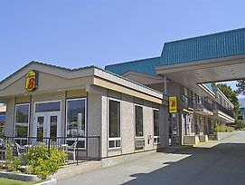 Super 8 Motel - Penticton photos Exterior