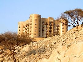 Golden Tulip Khatt Springs photos Exterior