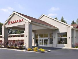Ramada By Wyndham Cleveland Airport West photos Exterior