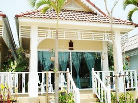 Prathana Garden Beach Resort photos Room