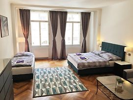 Janalex Apartments Wenceslas Square photos Room