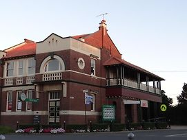The Bank B&B West Wyalong photos Room