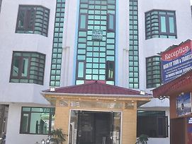 Hotel Azad photos Exterior
