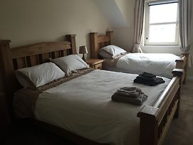 Oatlands Self Catering Lets photos Room