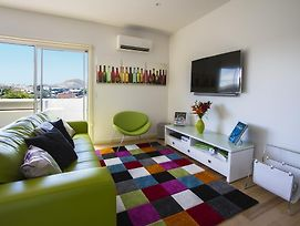 Bellerive Marina View Apartments No 28 photos Room
