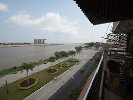Riverview Suites Phnom Penh - The Cadillac photos Room