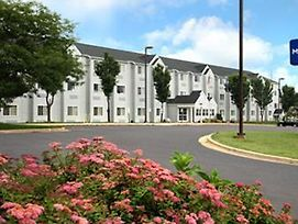 Microtel Inn & Suites By Wyndham Madison East photos Exterior