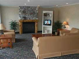 Kewadin Casino Lakefront Inn photos Room