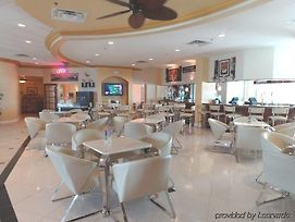 Wyndham Garden Clearwater Beach photos Restaurant