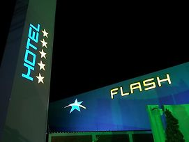 Flash Motel (Adults Only) photos Exterior