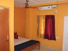 Aashiaanaa Residency Inn photos Room