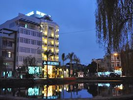 Duy Anh Hotel photos Exterior