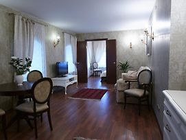 Boutique Apartments Pokrovka 9A photos Room