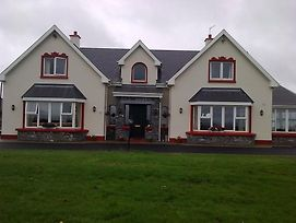 Loughrask Lodge photos Exterior