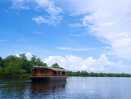 Yathra Houseboat By Jetwing photos Exterior