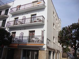 Apartaments Claudi photos Exterior
