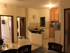 Mariners Base Apartments photos Room