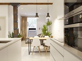 Bois Et Fer Apartment By Feelfree Rentals photos Room