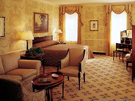 Williamsburg Inn photos Room