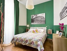 Colosseo Rome Apartments photos Room