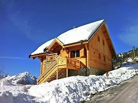 Luxurious Chalet In Vaujany French Alps With Balcony photos Room