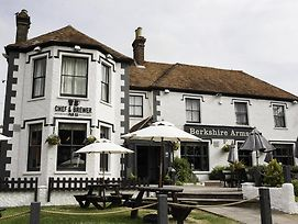 Berkshire Arms By Greene King Inns photos Exterior