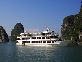 Halong Silversea Cruise photos Room