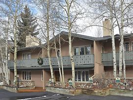 Vail Trails Chalet By Berkshire Hathaway photos Exterior