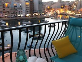 Bird'S Eye View Private Apartment In Spinola Bay, Paceville, St Julian'S photos Exterior
