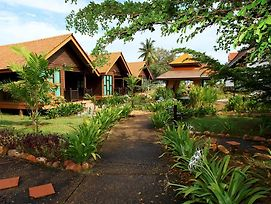 The Manor Beach Resort Besut photos Exterior