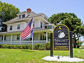 Night Swan Intracoastal B&B photos Exterior