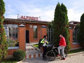 Alpinist Hotel photos Exterior