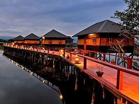 Shwe Inn Tha Floating Resort photos Exterior